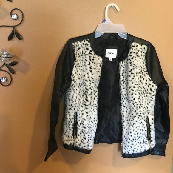Cherokee Other - Girls black fur n leather jacket like brand new